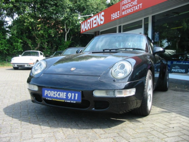 PORSCHE 993 CARRERA COUPE