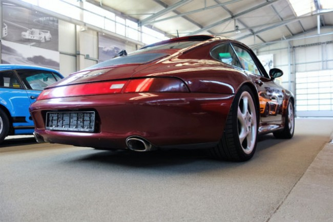 PORSCHE 993 CARRERA 4S COUPE