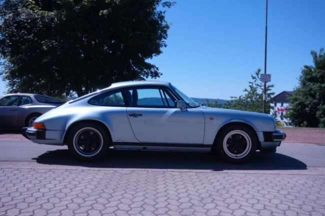 PORSCHE 911, 3.2L CARRERA COUPE