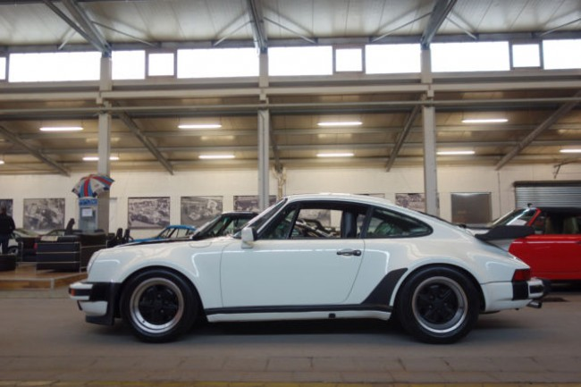 PORSCHE 930 TURBO COUPE MOD. 1989 - 5-GANG