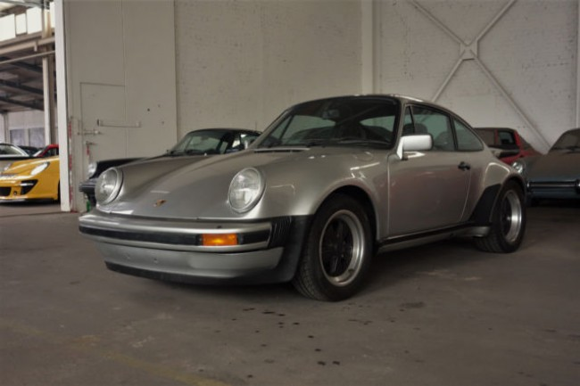 PORSCHE 930 TURBO 3,0L COUPE