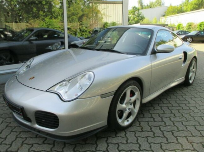 PORSCHE 996 TURBO COUPE AUS 1. HAND